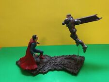 MAN OF STEEL SUPERMAN VS ZOD STATUE GENTLE GIANT STORE DISPLAY w/ ORIGINAL BOX