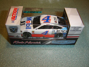 2018 KEVIN HARVICK #4 MOBIL 1 / BUSCH BEER 1/64 FORD IN STOCK FREE SHIPPING NEW
