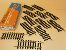 Gebogene Gleisen für Modellbahnen der Spur H0 aus Messing