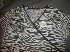 Black & White Zebra Print Medical Nurse Scrub Top Shirt Women Size M 3 pockets