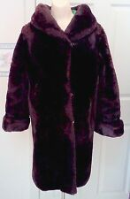WOMEN's VINTAGE 50's GENUINE MOUTON LAMB FUR COAT with GREEN LINING size LARGE