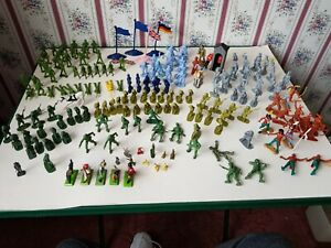 Job lot of toy soldiers BRITAINS LTD ENGLAND 1971