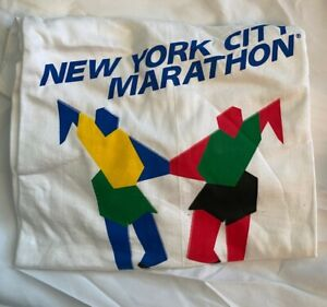 Vintage NYC Marathon T Shirt from 1998 - Size L and Stellar Condition