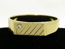 MR052- Genuine SOLID 9ct Yellow Gold MENS Natural Diamond SIGNET Ring size 9