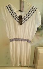 Ladies CHIC CONNECTION Dress Size Large White