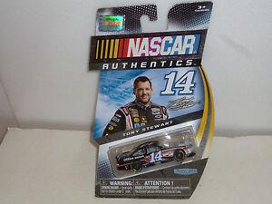 #14 TONY STEWART MOBIL 1  CHEVY IMPALA SS 2015 NASCAR AUTHENTICS 1/64