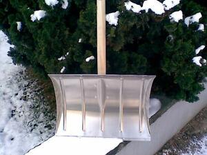 NEU - Alu Schneeschieber - ohne Stiel - Edelstahlkante - Schneeschaufel - Schild
