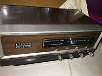 VINTAGE ZENITH SOLID STATE AM/FM TABLE TOP RADIO CIRCLE OF SOUND MODEL K421W