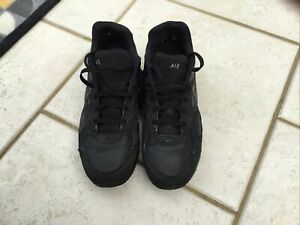 mens nike air max trainers size 10