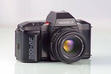 YASHICA CLASSIQUE APPAREIL PHOTO REFLEX AF 200 + AF 1.8 50mm Revêtement