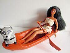 """Barbie POCAHONTAS Puppe Pocahontas mit Ruderboot """"Ruderspaß"""" Mattel Meeko"""