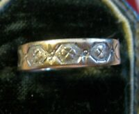 Rose Gold Early to Mid-Victorian (Georgian?) 5mm Band w/ Stipple Embossed Roses