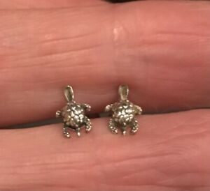 Sterling Silver Detailed Turtle Earrings Studs Tiny Size