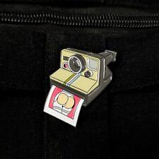 Pins Metal Brooch Badges Denim Photographers Fun Photo Camera Busty hip Enamel