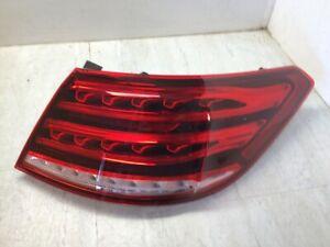 Mercedes Benz E350 E400 E550 OEM Rear Passenger Tail Lamp Assembly 2079063600