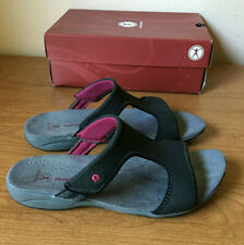 Hush Puppies Womens Slides Sandals Shoes 9.5 WW Extra Wide Zendal