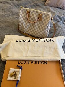 Authentic  Bandoulière louis vuitton bag