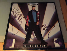 Vanilla Ice AUTOGRAPHED LP- To the Extreme-see signing proof attached