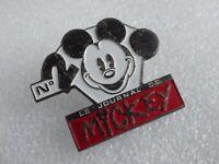 Pin's vintage épinglette collector journal de mickey 2000 ième Lot DISNEY 113