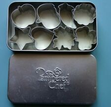 The Pampered Chef Mini Cookie Cutters Set Of 8