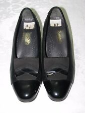 DUREA Slip On Patent Black Leather Heel Pump Shoe Size US 6.5H  Very NICE