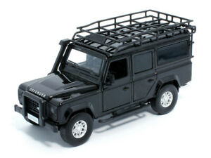 Land Rover Defender 110   Black - Pullback + Light Sound * Tayumo 1:32 NEU