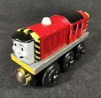 Thomas tank & Friends Wooden Salty Talking Railway RFID Gold Magnet