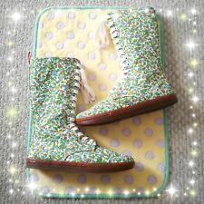 Dr. Martens Battersea Boot Blue Little Pansies 14 Eye Zipper Sneakers US 6 UK 4
