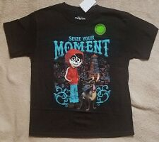 Disney's COCO Pixar *Seize Your Moment**Glows in Dark* S/S Tee T-Shirt sz 10/12