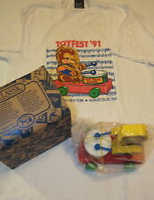 1991 Fisher-Price Teddy Bear Parade Limited Edition Pull Toy w/box COA & T-shirt