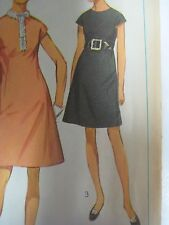Vtg 60s Simplicity 7980 DRESS w/ BUTTON TRIM ON SHOULDERS Sewing Pattern Women