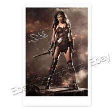 Gal Gadot als Wonder Woman - Autogrammfotokarte laminiert [AK2]