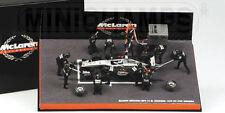 Minichamps McLaren Mercedes MP4-14 1999 1:43 #1 Mika Hakkinen, Pitstop diorama