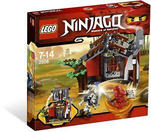 LEGO Ninjago Blacksmith Shop 2508 (2011) Pre-Owned