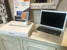 MacBook Air Early 2014 13 inch, 1.4GHz i5, 4GB RAM, 128GB SSD. Lot. Bundle.