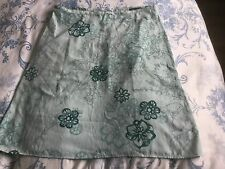 Rohan Ladies Flippy Skirt Size 18 - Pristine Condition