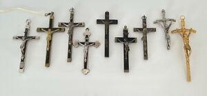 Konvolut 11 Stück Kruzifixe, Kreuze