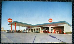 Flying A Service Gas Station Tidewater Oil Company Tulsa Oklahoma postcard
