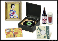R031 Rement #8 Luxury House Vintage CD player Phonograph Wine 2017 Miniature