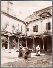 Italia, Costumi Venezia Naya abbazia san gregorio vintage albumen print Tirage