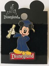 Disney DL Mickey Mouse Graduation 2000 Pin
