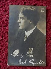 ACTOR NOAH REYNOLDS POSTCARD WITH PRINTED SIGNATURE