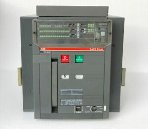 ABB SACE E3S 32 SACE EMAX CIRCUIT BREAKER 3200 AMPS #THERE ARE MINOR CRACKS