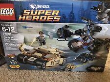 Lego DC Heroes 76001 The Bat vs. Bane: Tumbler chase  368 Pcs.