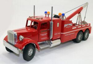 1/16 Mack N90 Wrecker Truck Smith Miller Howard Summers Police -3 position boom