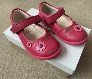 Girls Clarks First Shoes 6F Hot Pink In Original Box