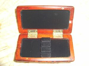 Bassoon reed case for 4 reeds