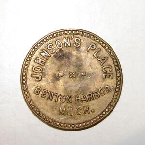 VINTAGE JOHNSON'S PLACE BENTON HARBOR MICHIGAN 5 CENT TRADE TOKEN COIN 25mm