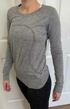 Lululemon Size 8 Swiftly Relaxed LS Gray SLTE/WHT Top Run Long Sleeve Mesh Crew