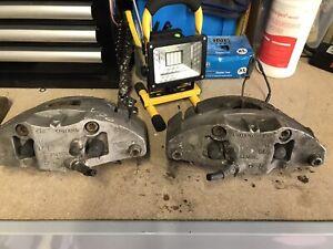 volvo v70 front brake calipers